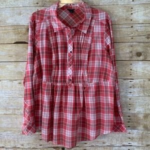 Torrid Red Plaid Pullover w/ Buttons Blouse EUC 1X